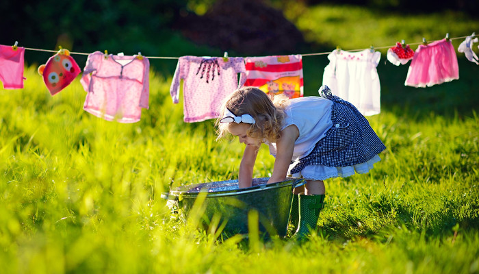 25 Household Chores A 2-Year Old Can Do!